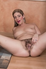 WeAreHairy Free Alicia Silver