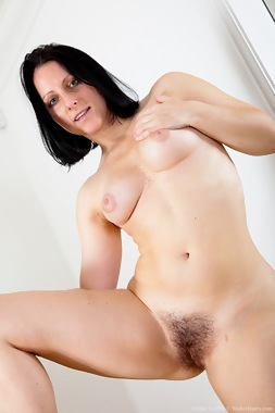 WeAreHairy Free Amber Lustful Thumbnail #1