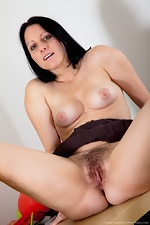 WeAreHairy Free Amber Lustful Thumbnail #5