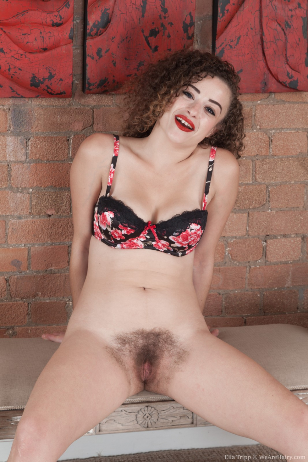 Ingrid and her beautiful hairy pussy - 1 10