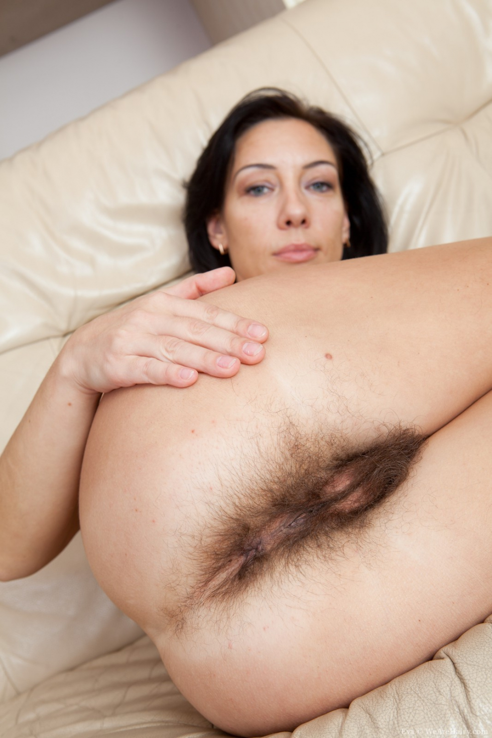 Wearehairy Eva Hairy Girl Spreads Her All Natural Muff
