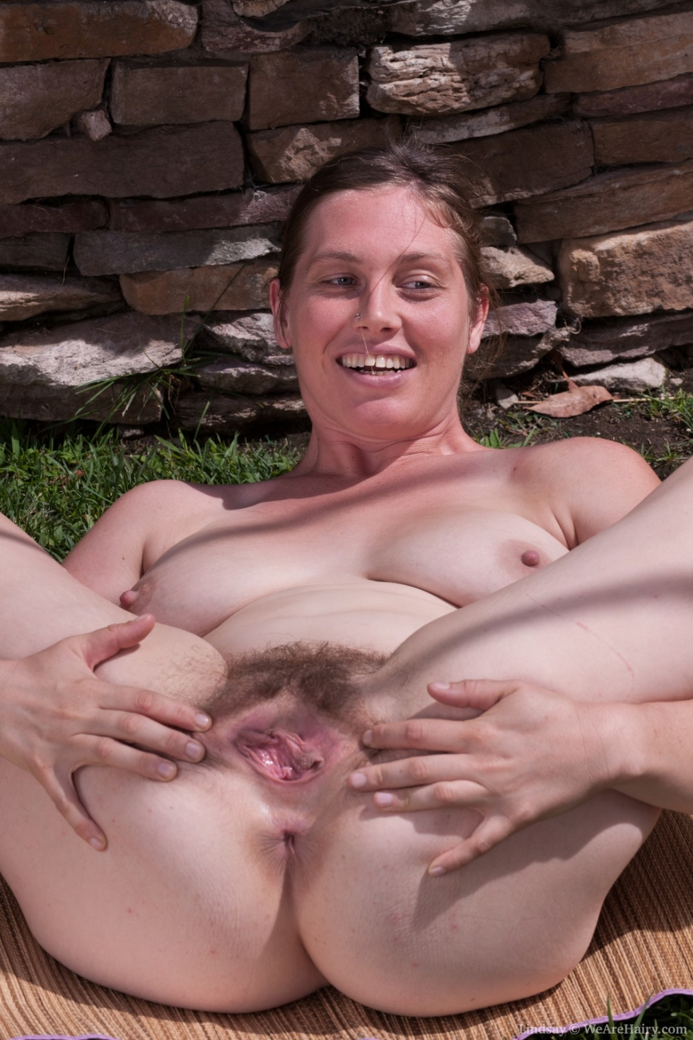 wearehairy lindsay outdoor masturbation session with