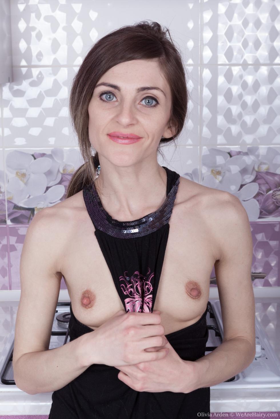 hard nips hot nude