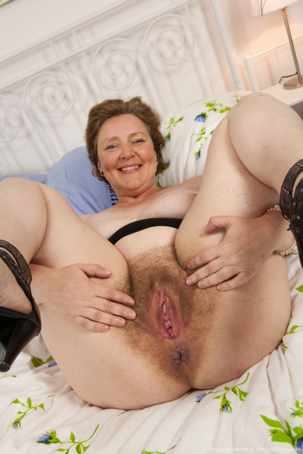 sweet mature pussy